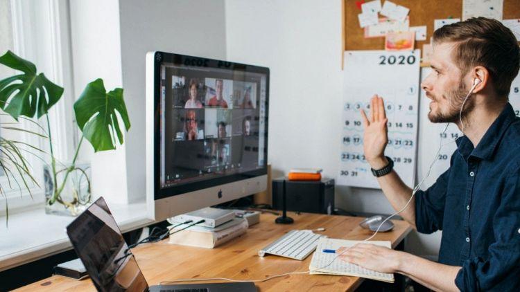 """Lavoro post Covid, i nuovi bisogni dello smart worker: il benessere aziendale """"intelligente"""""""